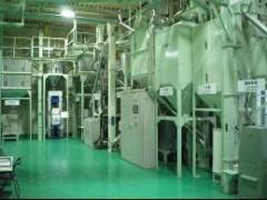残米防止装置付のナナミ精米工場